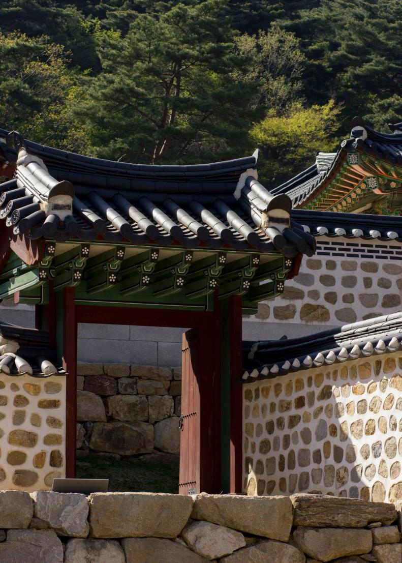 Namhansanseong doorway