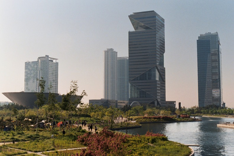 Incheon Tribowl Towers
